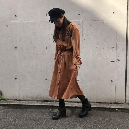 ANNAKERRY/胸元刺繍ワンピース