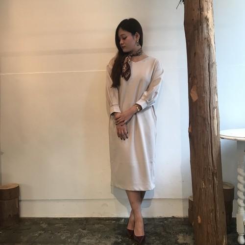 anana/袖ボリュームコクーンワンピース