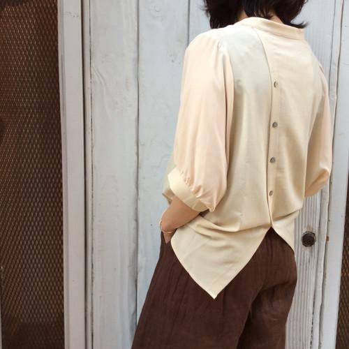 ROSIEE/後ろボタンシャツ