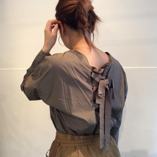 squady/バックリボンシャツ