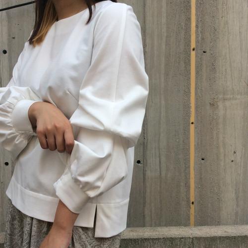 HERENCIA/袖ボリュームカットソー