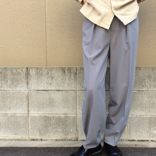 CHIGNONSTAR/裾ダーツカーブパンツ