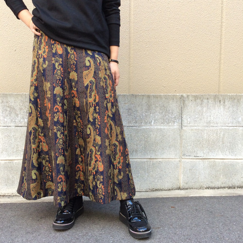 ANNAKERRY/ペイズリー柄ギャザーフレアスカート